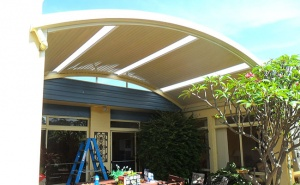 curved design roof